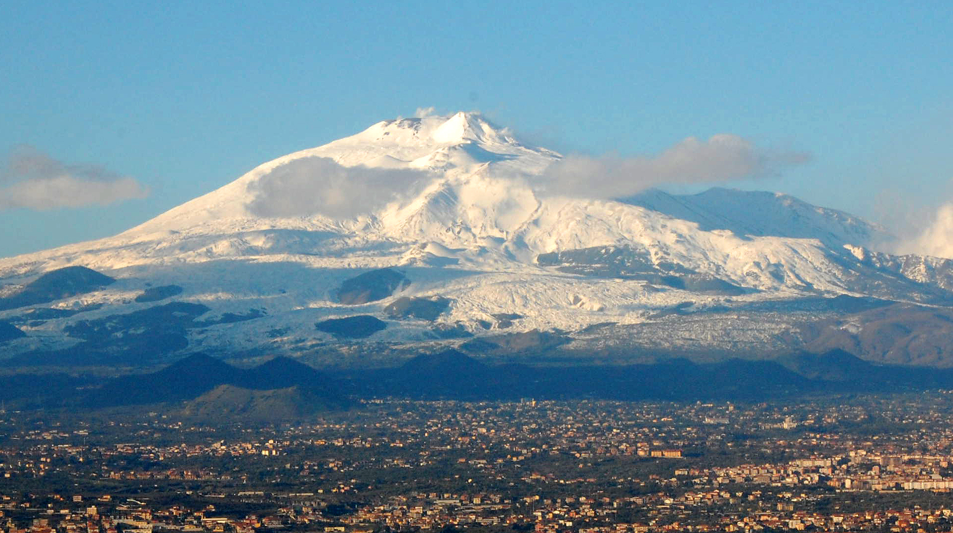 SECTION 7 - Mt_Etna_and_CataniaRESIZED